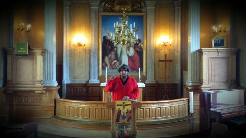 P-O Flodström predikar på Bjärka-Säby Slott